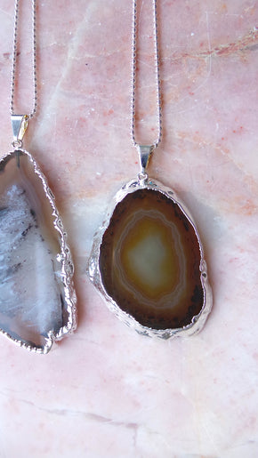 Natural Agate necklace (silver)