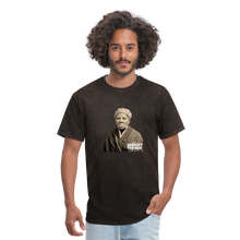 Load image into Gallery viewer, Harriet Tubman, Every Great Dream Begins with a Dream T-Shirt - Coach Rock