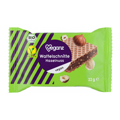 Vegan organic wafer with hazelnut cream