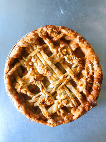 Cinnamon Caramel Pear Pie