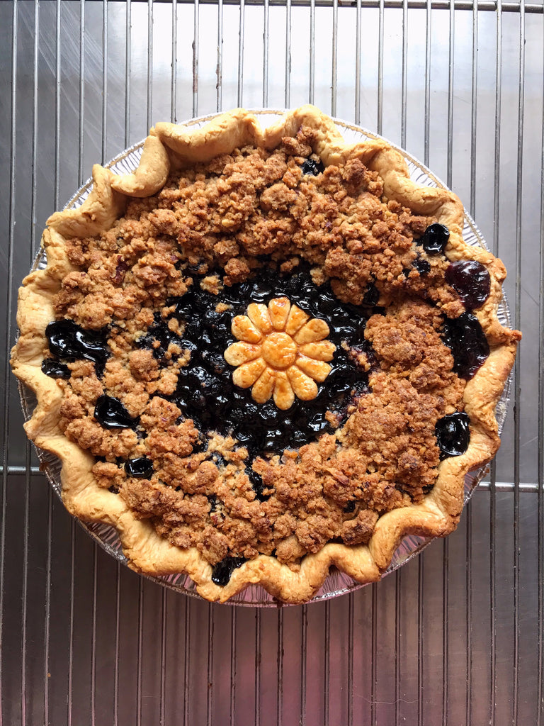 Blueberry Pie with Pecan Streusel