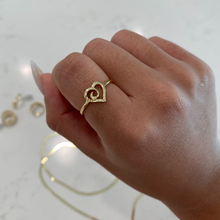 Load image into Gallery viewer, 14K HEART TWIST RING