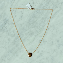 Load image into Gallery viewer, 14K Clover Necklace