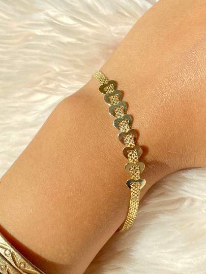 14K Staggered Heart Bizmark Bracelet