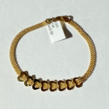 Load image into Gallery viewer, 14K Staggered Heart Bizmark Bracelet