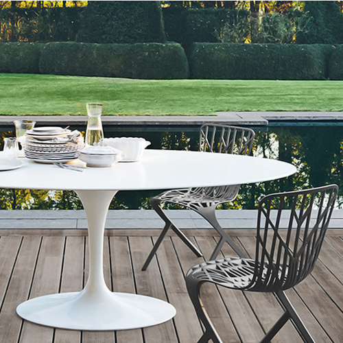 Knoll Outdoor Sale on Classics like Saarinen Outdoor Dining Table & Richard Schultz 1966 Collection