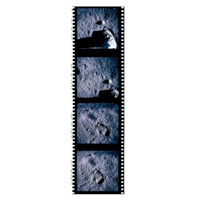 FILM ROLL 1 – FOOTPRINT APOLLO 11 – 1969