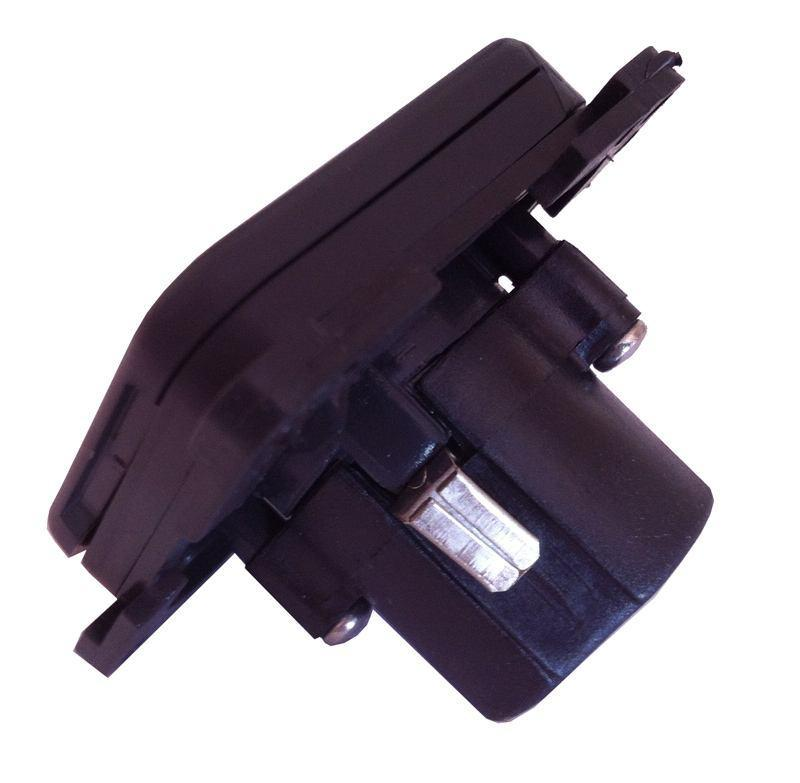 CBE 12V Socket with Cover