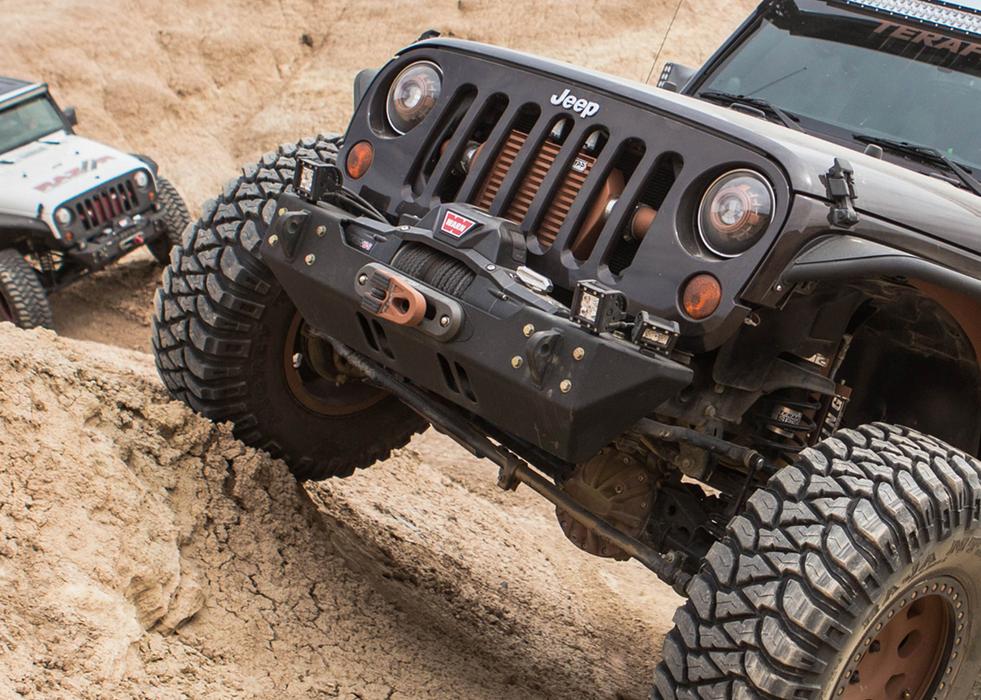 GenRight JK STUBBY STYLE FRONT BUMPER - ALUMINUM