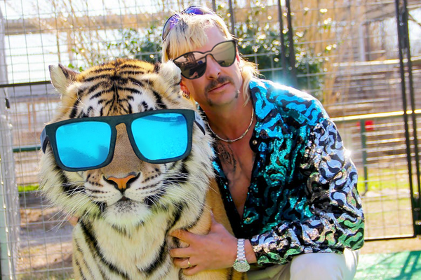 Joe rocking Siren Tymber Shades, while his Tiger sports Krakens