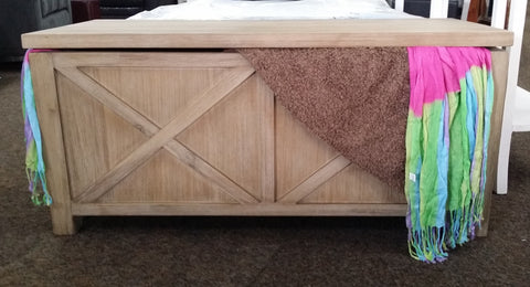 Potters Blanket Box