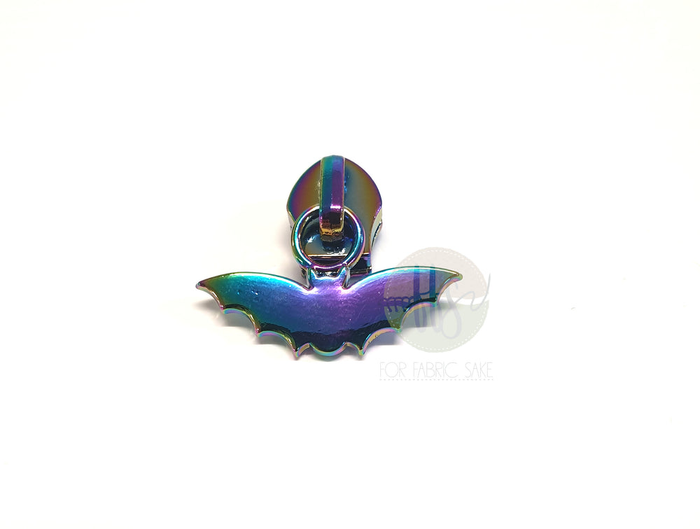 Bat Rainbow Zipper Pull