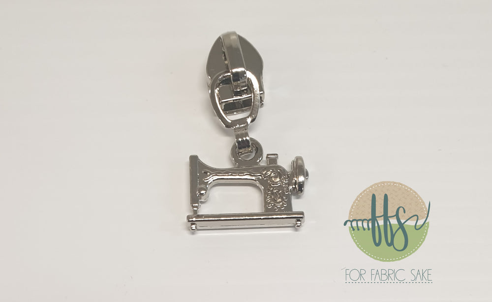 Sewing machine pull - silver