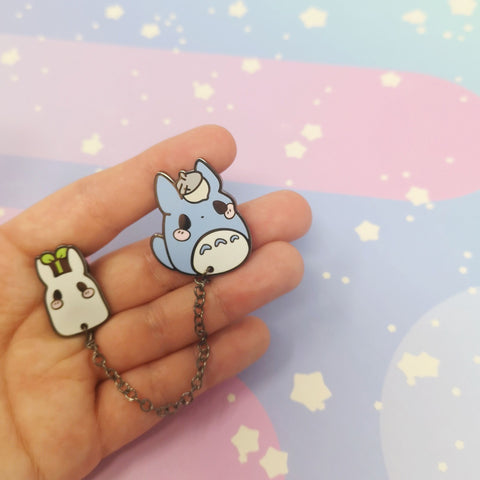 Sprout and Acorn - Hard Enamel Pin -- Gsnacks Collection - Kittynaut