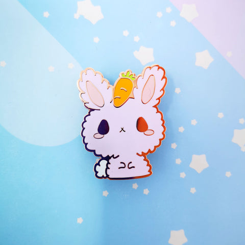 Bunny + Carrot -- Hard Enamel Pin -- Favorite Snacks Collection - Kittynaut