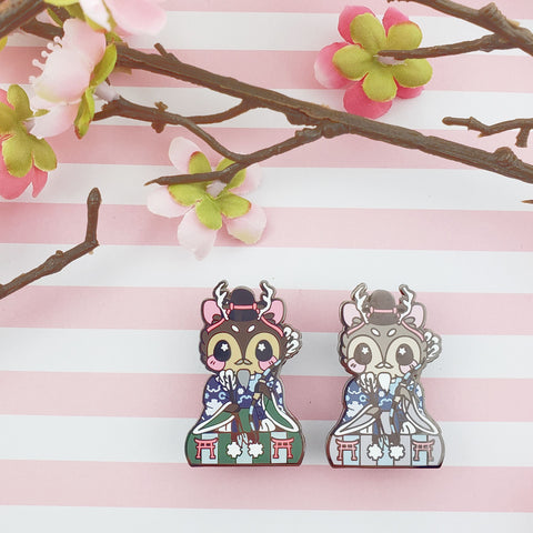 Minister Buck: Girl's Day Animal Enamel Pins - Kittynaut