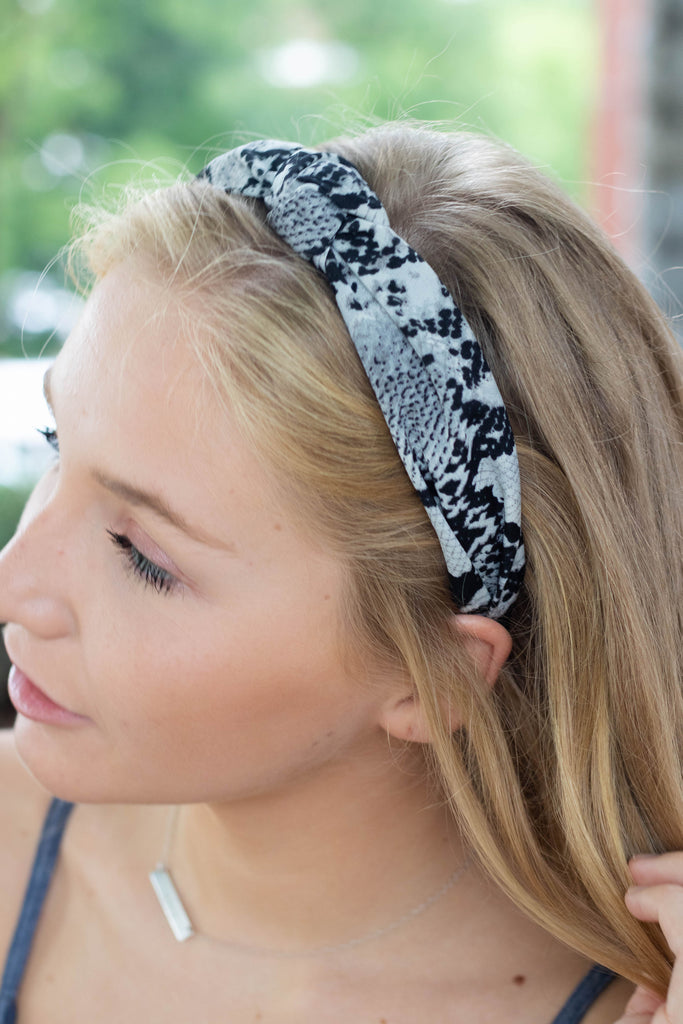 Stealing Hearts Knotted Headband-Grey