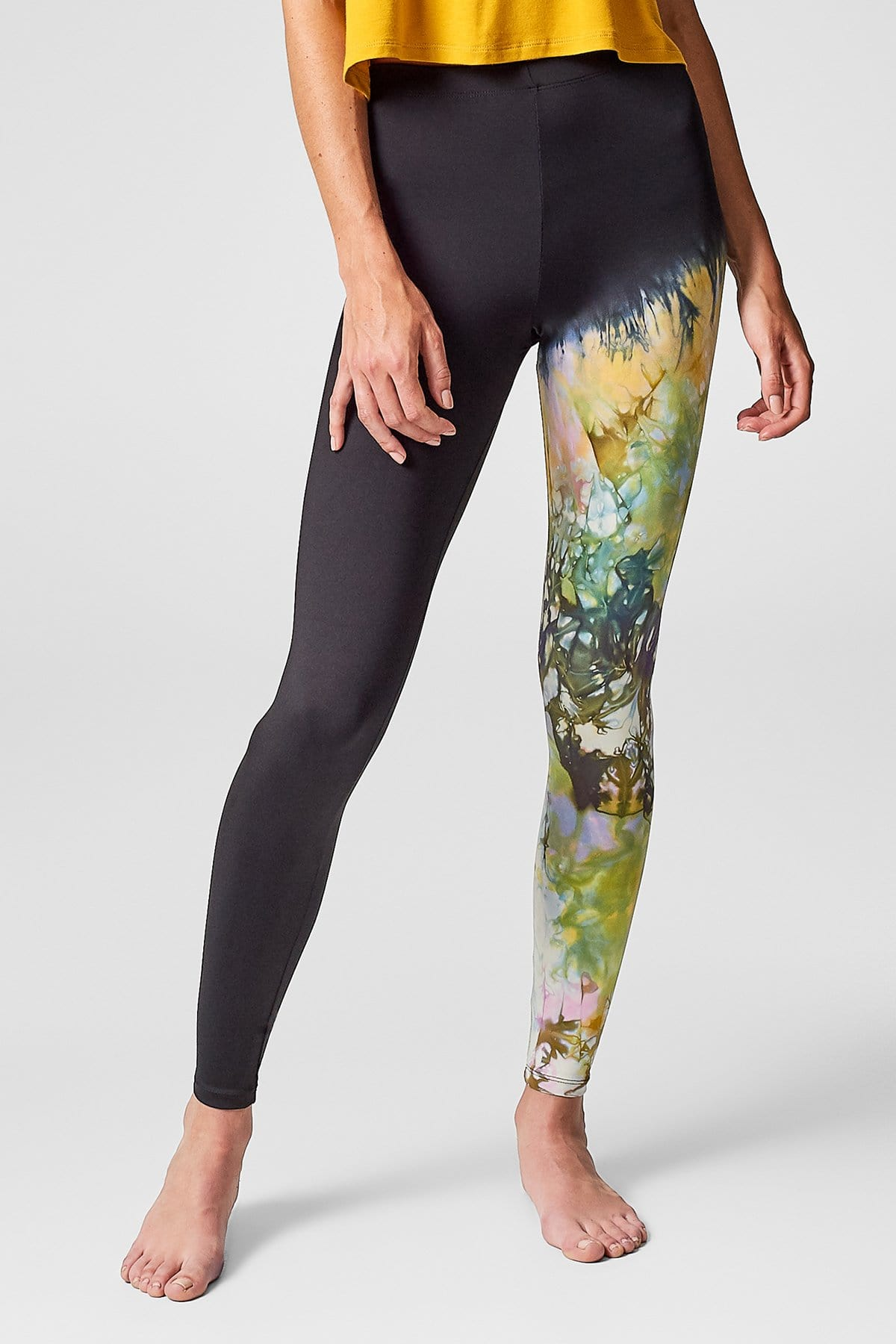 Adriana Leggings in Flora + Black