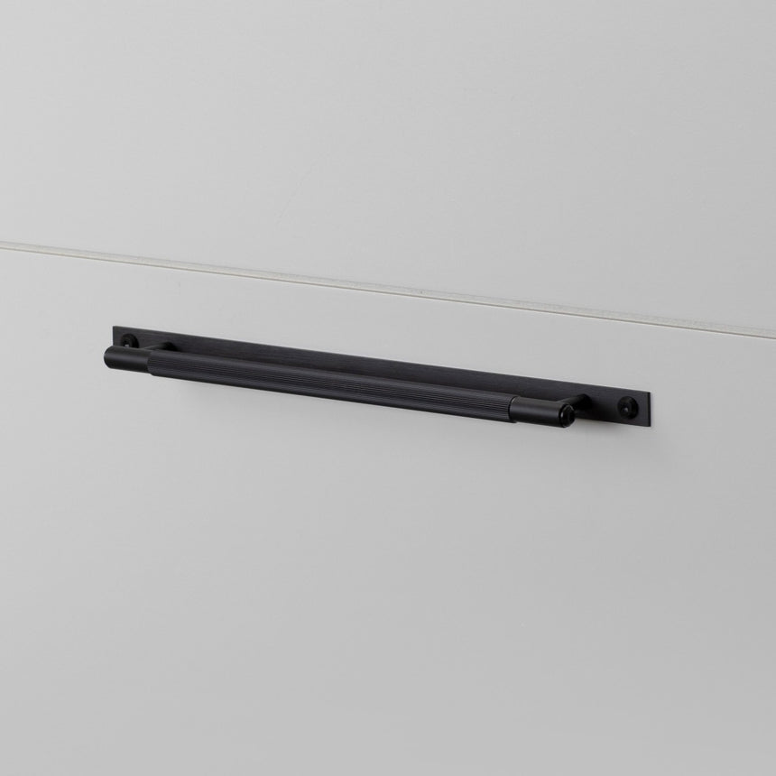 PULL BAR PLATE LINEAR