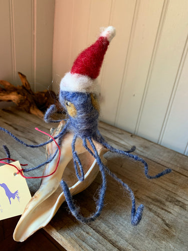 Christmas Cephalopod on shell