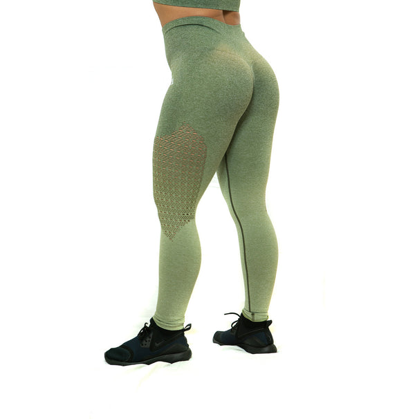 THE IRON PEACH SCRUNCH LEGGINGS (Army Green)