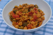 Load image into Gallery viewer, Indian Chickpea Curry
