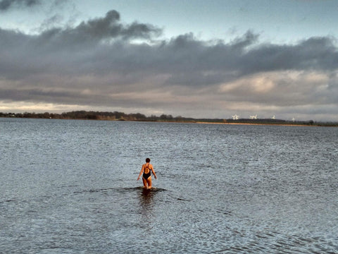 First ever winter dip in December 2018 at Dänische Wiek/Greifswald/Germany (water and air temperature 7°C). Photo: J. Wittner