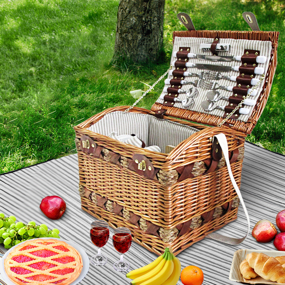 Vintage Style 4 Person Picnic Basket - The Home Accessories Company 2