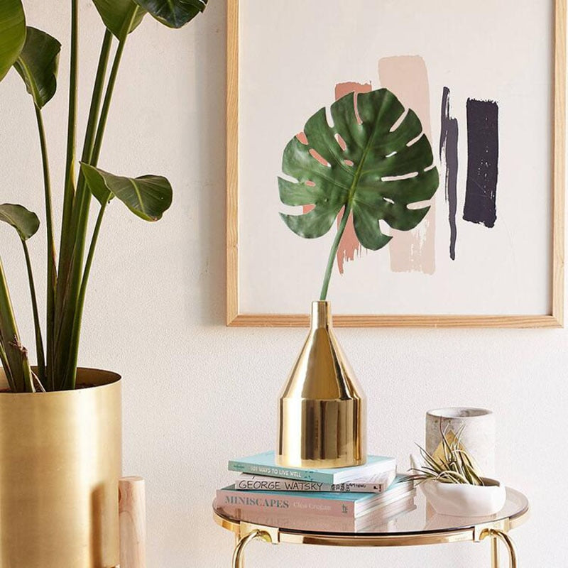 Modern Golden Ceramic Vase- The Home Accessories Company 1