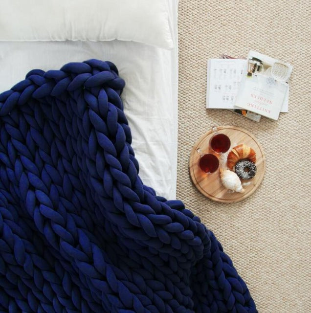 Chunky Knit throw- The Home Accessories Company 2