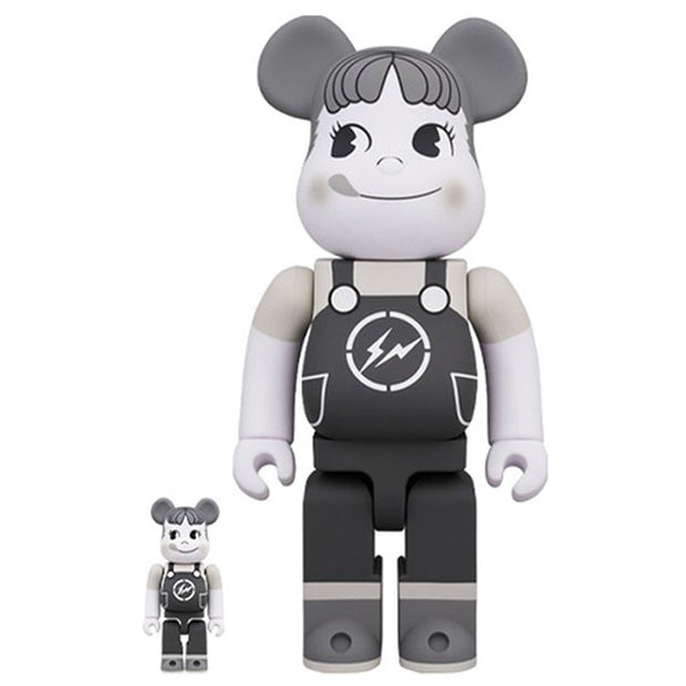 Bearbrick 100% & 400% Set Milky The Conveni Peko Black & White urban attitude