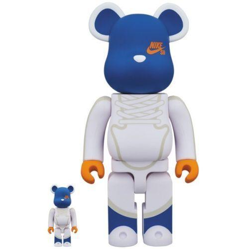 Bearbrick 100% & 400% Set Nike SB White urban attitude