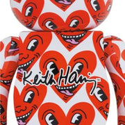 Bearbrick 100% & 400% Set Keith Haring Version 6 close-up urban attitude