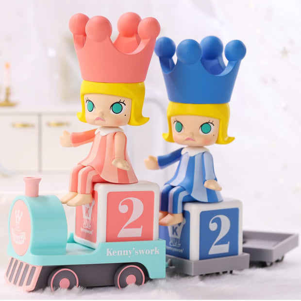 pop mart blind box molly happy train party urban attitude