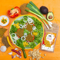 Salatteller mit AHO Curry Cracker Avocado Chili Knoblauch Cashew feurig scharf leckerer Snack