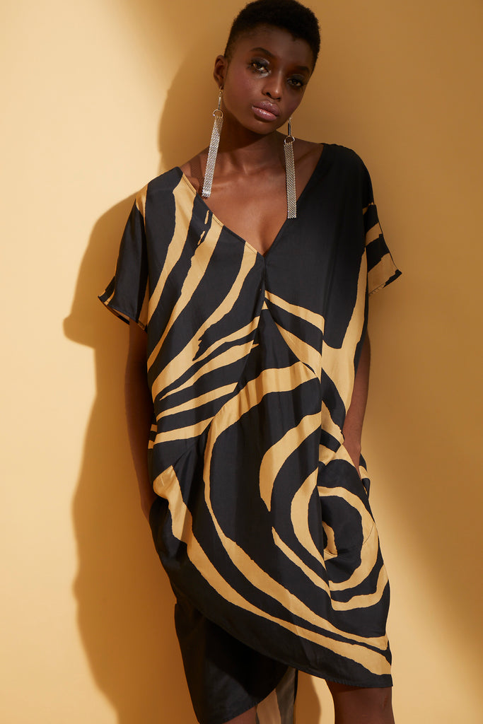 Graphic Rose Cocoon Dress