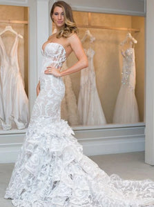 Elegant Mermaid Sweetheart Lace Wedding Dress