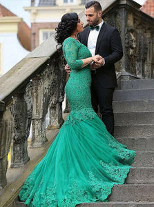 Sexy Mermaid V Neck Green Tulle Prom Dress with Lace Beading