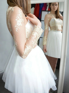Elegant White Bateau Mini Tulle Homecoming Dress with Appliques Sleeves