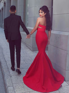 Red Mermaid Sweetheart Satin Sleeveless Prom Dresses with Pleats