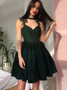 Dark Green Homecoming Mini Satin Prom Dresses with Lace and Plates