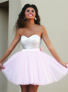 Sweetheart Mini Pink Homecoming Dresses with Beaded Bowknot