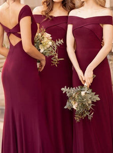 A Line Burgundy Chiffon Bridesmaid Dresses with Pleats