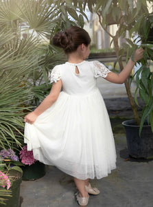 Lace and Tulle Scoop Flower Girl Dresses with Pleats