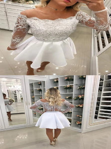 A Line White Lace Above Knee Homecoming Dresses