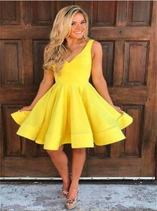 Above Knee Yellow A Line Homecoming Dresses