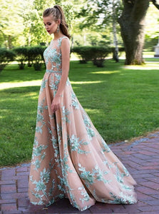 A Line Lace Scoop Appliques Tulle Floor Length Prom Dresses