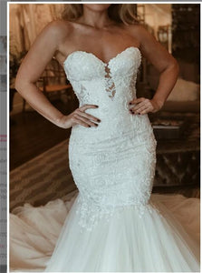 Sweetheart Tulle Sleeveless Mermaid Wedding Dress with Appliques