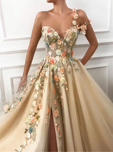 A Line Sweetheart Tulle Prom Dresses with Side Slit