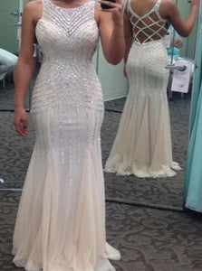 White Sweep Train Scoop Sleeveless Prom Dresses